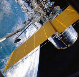 Overseas TV channel programms over satellite