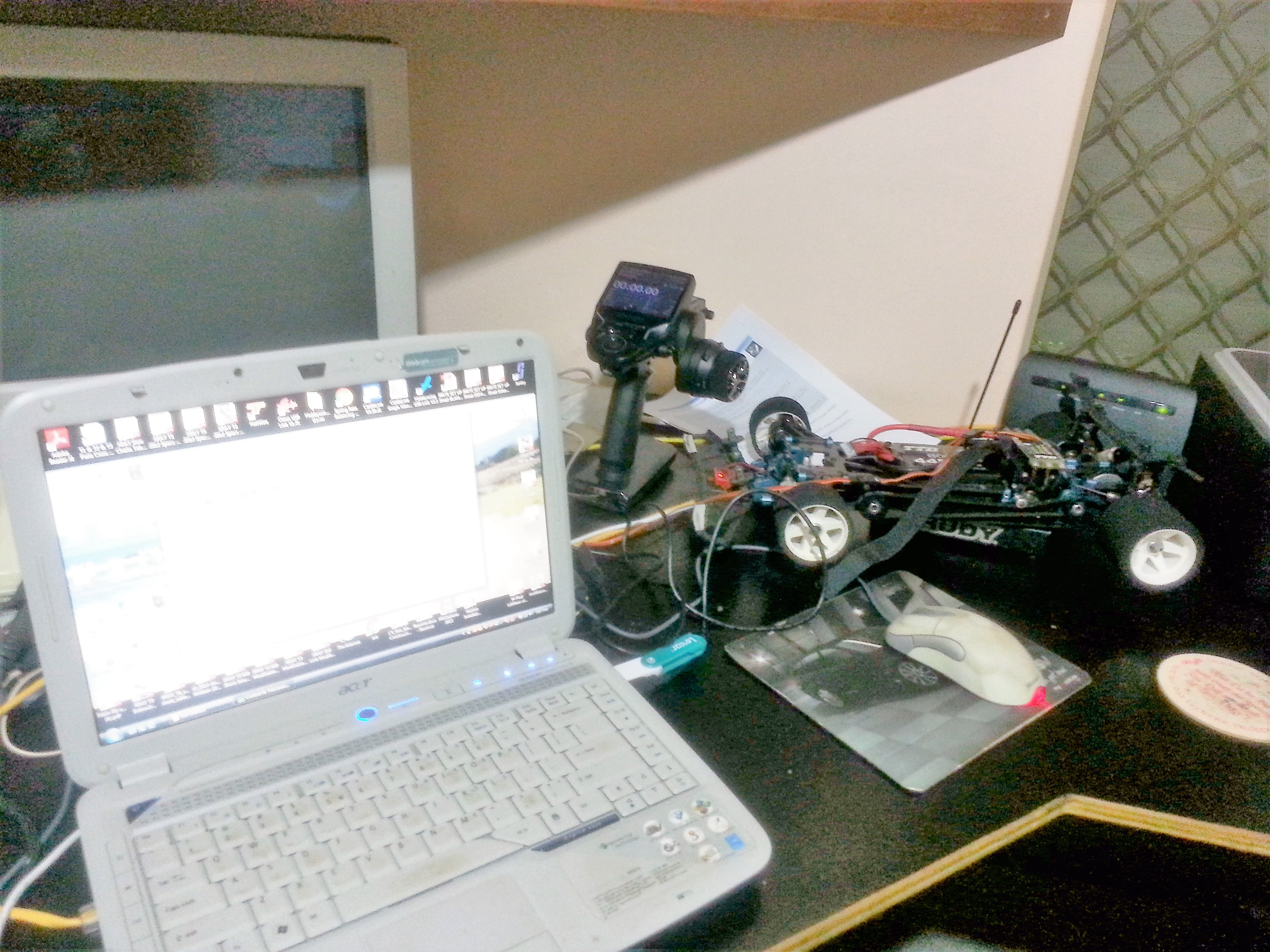 RC car connected to laptop USB port